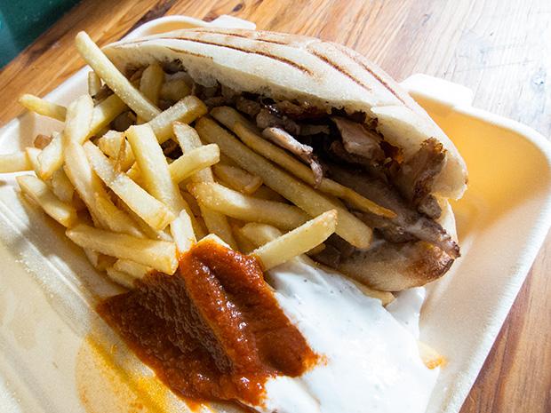 Kebab de coin de rue, frites