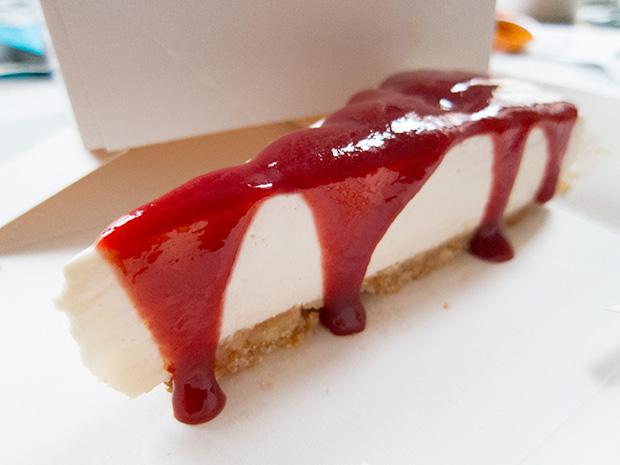 Le ruisseau - Cheesecake, coulis de fruits rouges