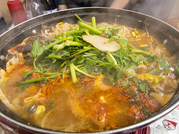 Marché aux poissons Noryangjin - Soupe de poisson