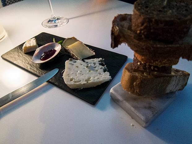 La Coquerie - Pélardon des Cévennes, Saint Nectaire, Roquefort, Gelée de groseilles.